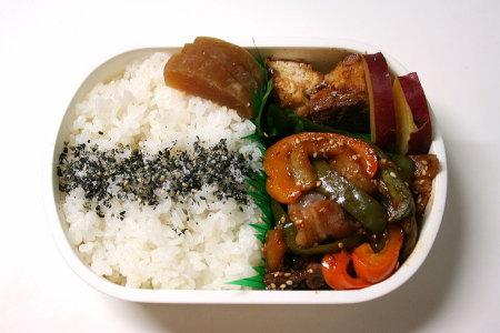 豚肉とお野菜の甘味噌炒め弁当