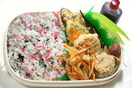 天ぷら弁当(天つゆ付き)