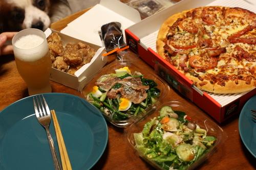 デパ地下デリと宅配ピザで、DVD鑑賞!