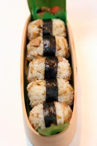 昭和カレーのお弁当。